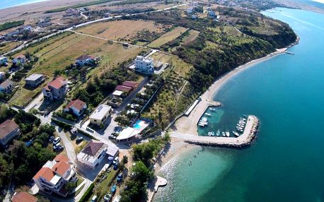 Chorwacja - Kvarner: Odmoree Camp & Hostel